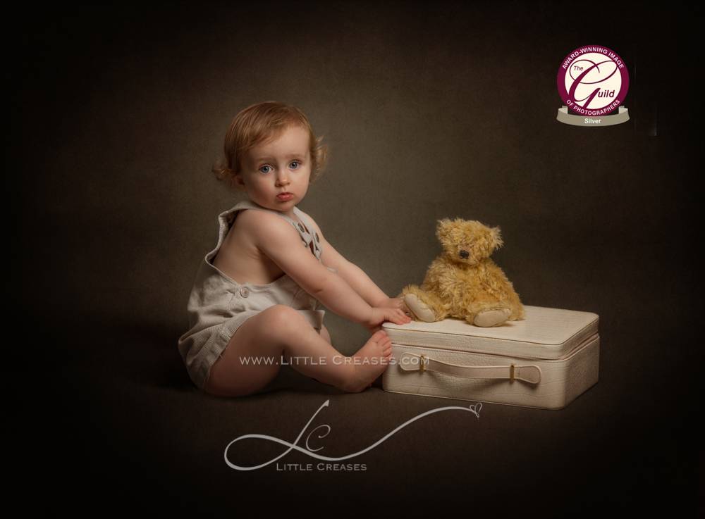 Leicester newborn and baby photographer little creases award winning image silver award the guild award